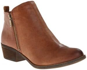 c5082511d530f 16 Women's Ankle Boots and Booties that are Actually Comfy | Comfort ...