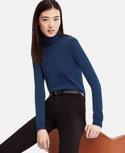 Uniqlo Merino Wool Turtleneck