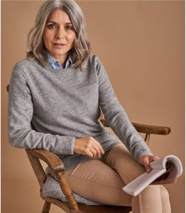Woolovers Women's Cashmere and Merino Crew Neck Knitted Sweater