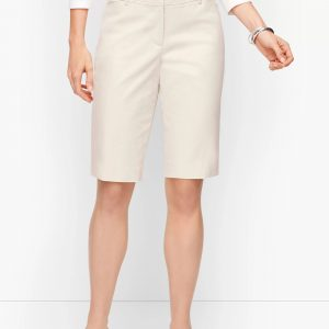 Talbots Perfect Short 10.5 inch