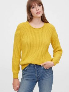 Gap Relaxed Rollneck Sweater